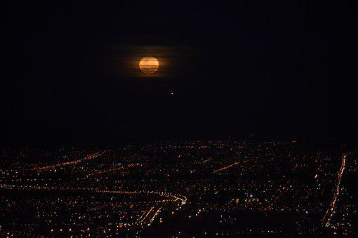 Cape Town Full Moon, Hill View, Moon