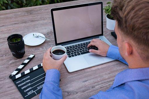 Laptop, Mockup, Coffee Break, Filmklappe, Filmmaker