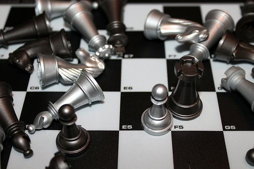 Pawns, Game, Electronic, Board Game, The Gameplay