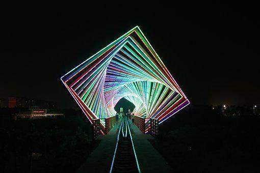 The Time Tunnel, Railway, Light