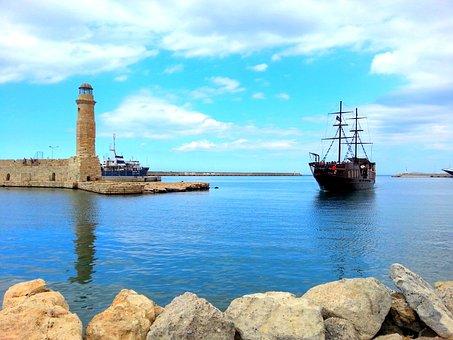 Crete, Rethymno, Boat