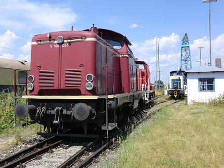 Locomotive, Diesel Locomotive, V 100, Red, Train, Loco