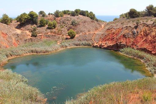 Cava Di Bauxite, Otranto, Salento