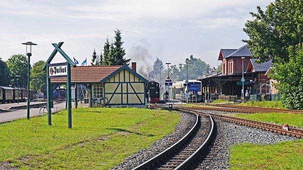 Rügen, Station Putbus, Narrow Gauge, Normal Track
