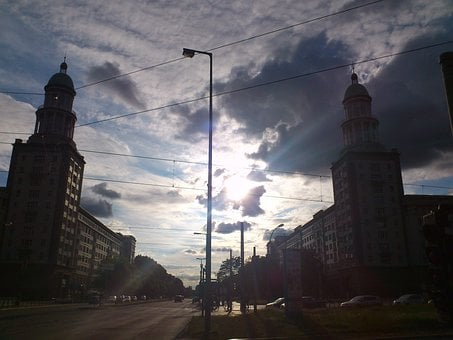 Berlin, Frankfurter Tor, Friedrichshain, Ex Gdr