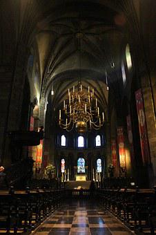 Maastricht, Church Of Our Lady, Romanesque, Nave