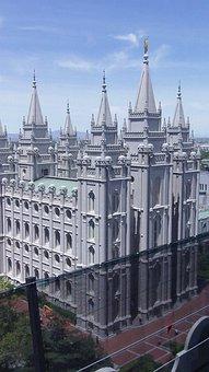 Salt Lake City, Salt Lake City Temple