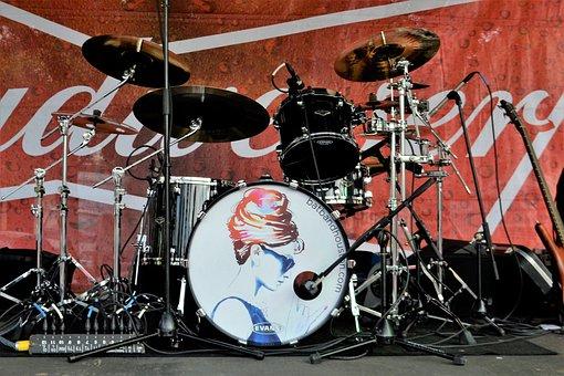 Drum Set, Drums, Drummer, Budweiser Concert, Drumming
