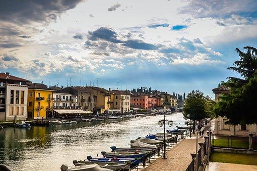Italy, Garda, Lake, Holiday, Nature, Boats, Bank, Roof