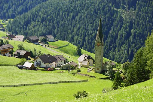 Dolomites, La Val, South Tyrol, Alta Badia