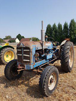 Tractor, Old Tractor, Agricultural Machine, Labour