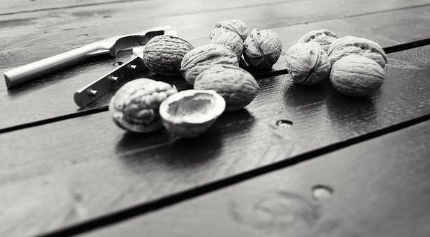 Walnuts, Wood, Winter, Dried Fruit, Shell, Foods