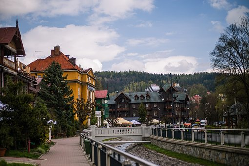 Krynica, City, Travel, Gondola, Rest, Poland