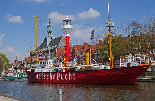 City Of Emden, Town Hall, City ​​harbor, Museum Ships