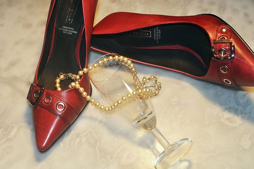 Red Boots, Glass, Beads, Chain