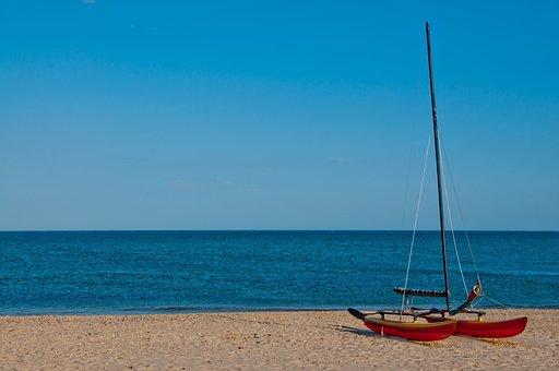Boot, Catamaran, Sail, Holiday, Lake, Beach, Stranded