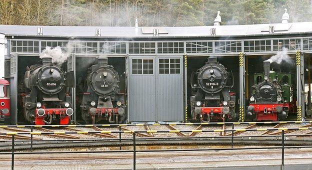 Steam Locomotives, Locomotive Shed, Track Star, Hub