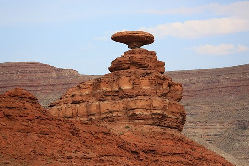 Mexican Hat, Desert, Sandstone, Rock, Canyon, Travel