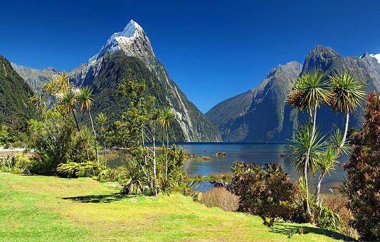 New Zealand, Milford Sound, Mitre Peak, Fjord