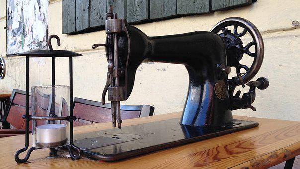 Sewing Machine, Mood, Climatically, Restaurant