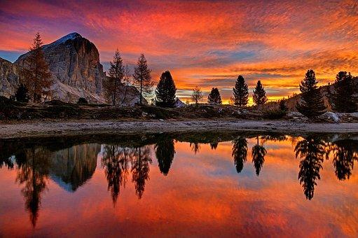 Lago Di Limides, Dolomites, Alpine, Italy, Mountains