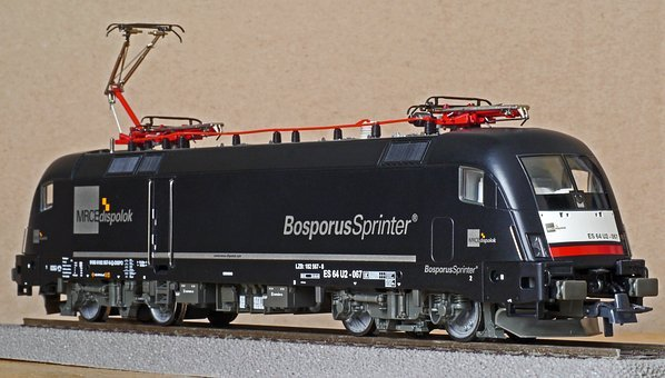 Electric Locomotive, Universal Locomotive, Model