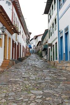 Adamantine, Brazil, Minas