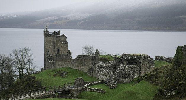 Castle, Scotland, Castle Urquhart, Ruins, Winter