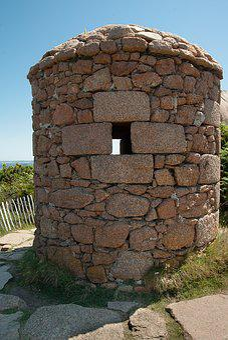 Brittany, Sentry Box, Monitor, Granite