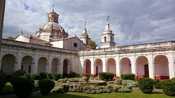 High Grace, Stay Jesuitica, Cordoba
