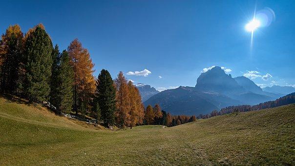 Autumn, Sassolungo, Italy, South Tyrol, Dolomites