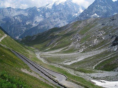 Stelvio, Stelvio Yoke, Mountain Pass, Pass Road