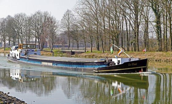 Barge, Motor Ship, Dortmund Ems Kanal, Dek, Towpath