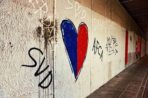 Pictorgram, Heart, Heart Pictograph, Graffiti, Spray