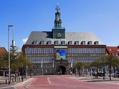 Emden, Town Hall, Stadtmitte, Passage, Architecture