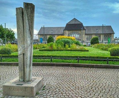 Darmstadt, Hesse, Germany, Central Station