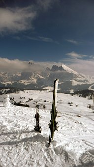 Skis, Skiing, Snow, Ortisei, Winter, Sport, Mountain