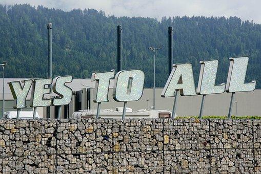 Font, Slogan, Wattens, Crystal Worlds, Tyrol