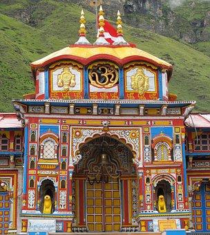 Vishnu Temple, Badrinath, Himalayas, Alaknanda