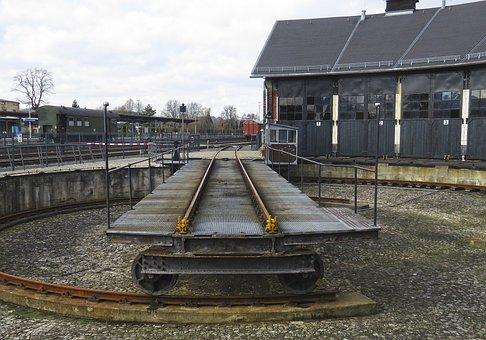 Hub, Horizontal, Historically, Seemed, Locomotive Shed