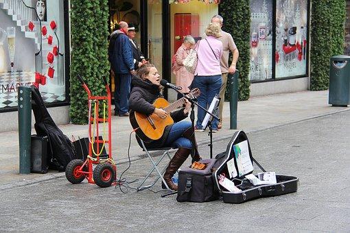 Performer, Girl, Guitar, Singing, Singer, People