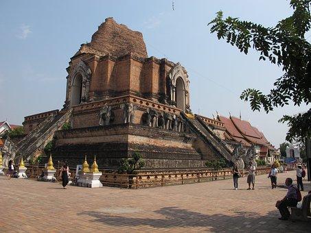 Wat Chedi Luang, Thailand, Buddhist Temple, Chiang Mai