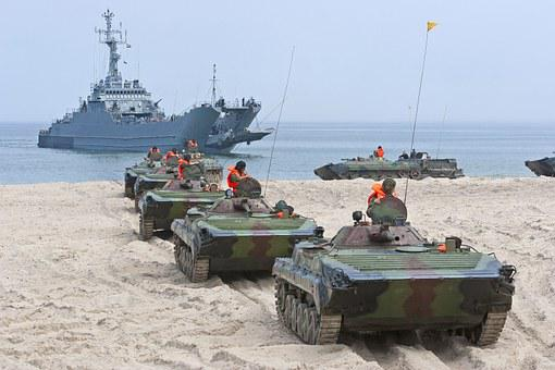 Traverse, The Military, Ifv, Landing Troops, Exercise