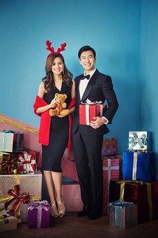 Beauty, Young, A Pair Of, Christmas, Joke, Deer