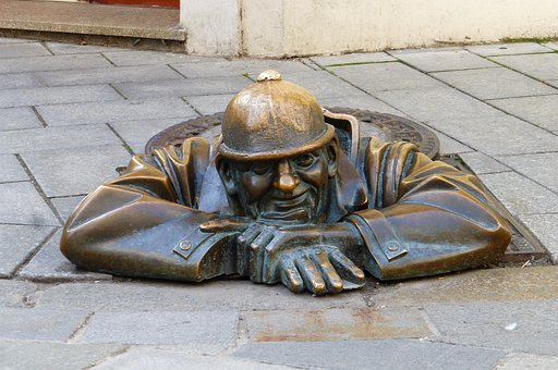 Roadway, Hungary, Bratislava, Statue, Bronze, Soil