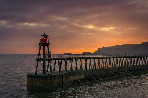 Whitby, East Pier, Beacon, Yorkshire, England, Sunrise