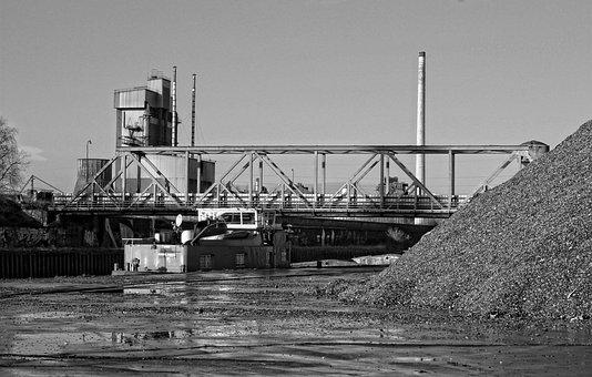 Industry, Transport, Peniche, Channel, Bridge