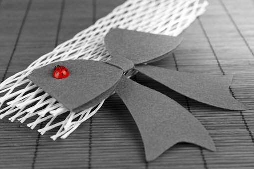 Gift, Valentine's Day, Selective Color, Red, Love