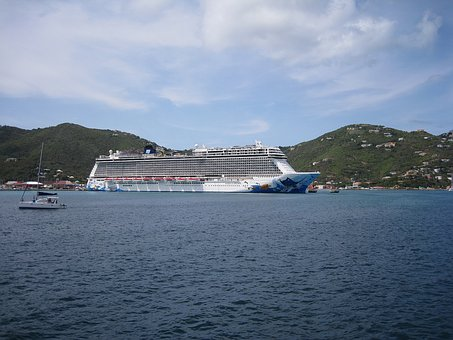 Cruise Ship, Liner, British Virgin Islands, Tortola