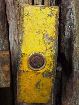 Tarcisius, Yellow, Old, Wood, Roça, Trunk, Old Tree